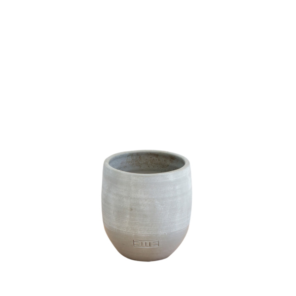 grey pot with varnished base